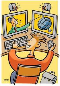 Niño leyendo en internet